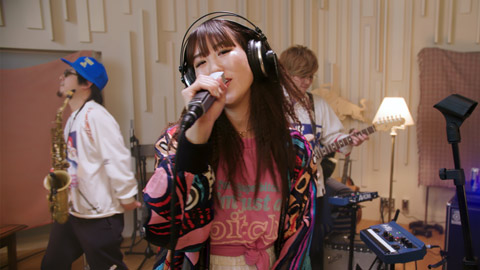 「Brand New (Session at Red Bull Music Studios Tokyo)」